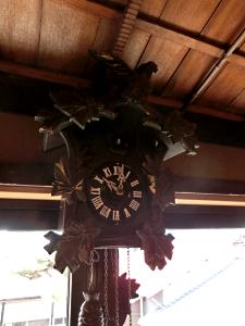 写真:鳩時計