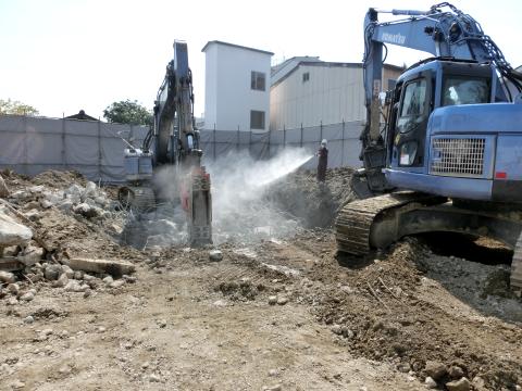 写真:「咲あん上京」既存解体工事の様子