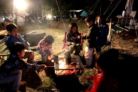 写真:キャンプの様子