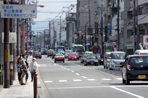 写真:意外に空いていた東大路通