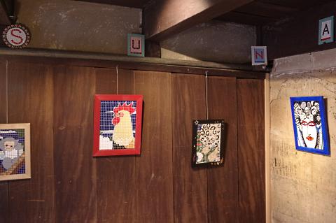写真:玄関の展示