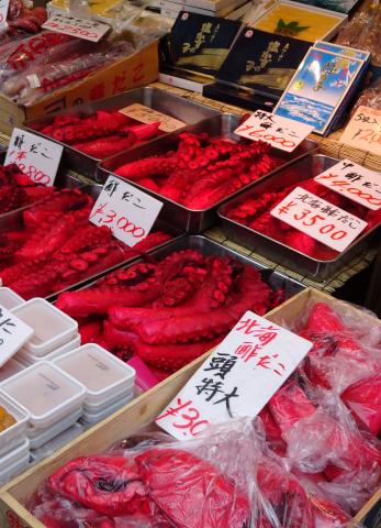 写真:店頭の酢蛸